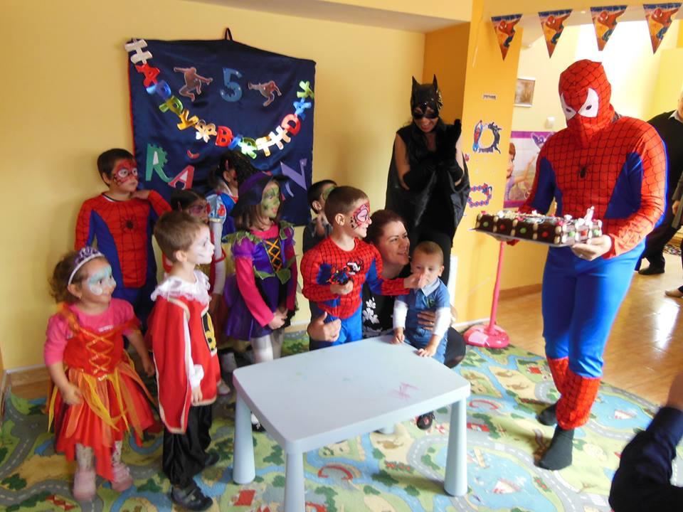 casuta fermecata Alba Iulia, organizare petreceri pentru copii